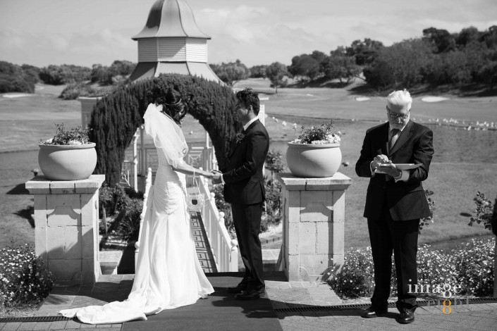 Wedding celebrant at Eagle Ridge Golf Course